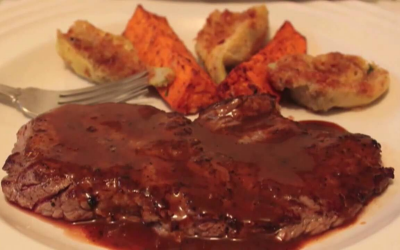 Steak with red butter sauce and vegetable recipe